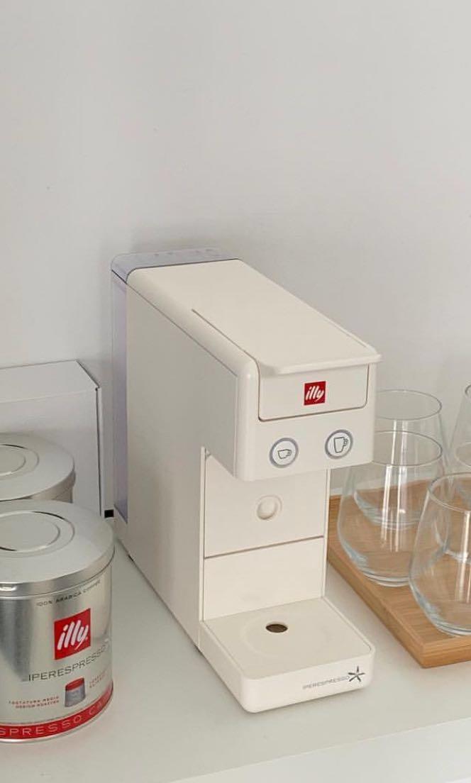 Illy 3.2 膠囊咖啡機韓國ig 超火紅!!!(附轉接頭及咖啡膠囊), 家電電器, 生活家電在旋轉拍賣