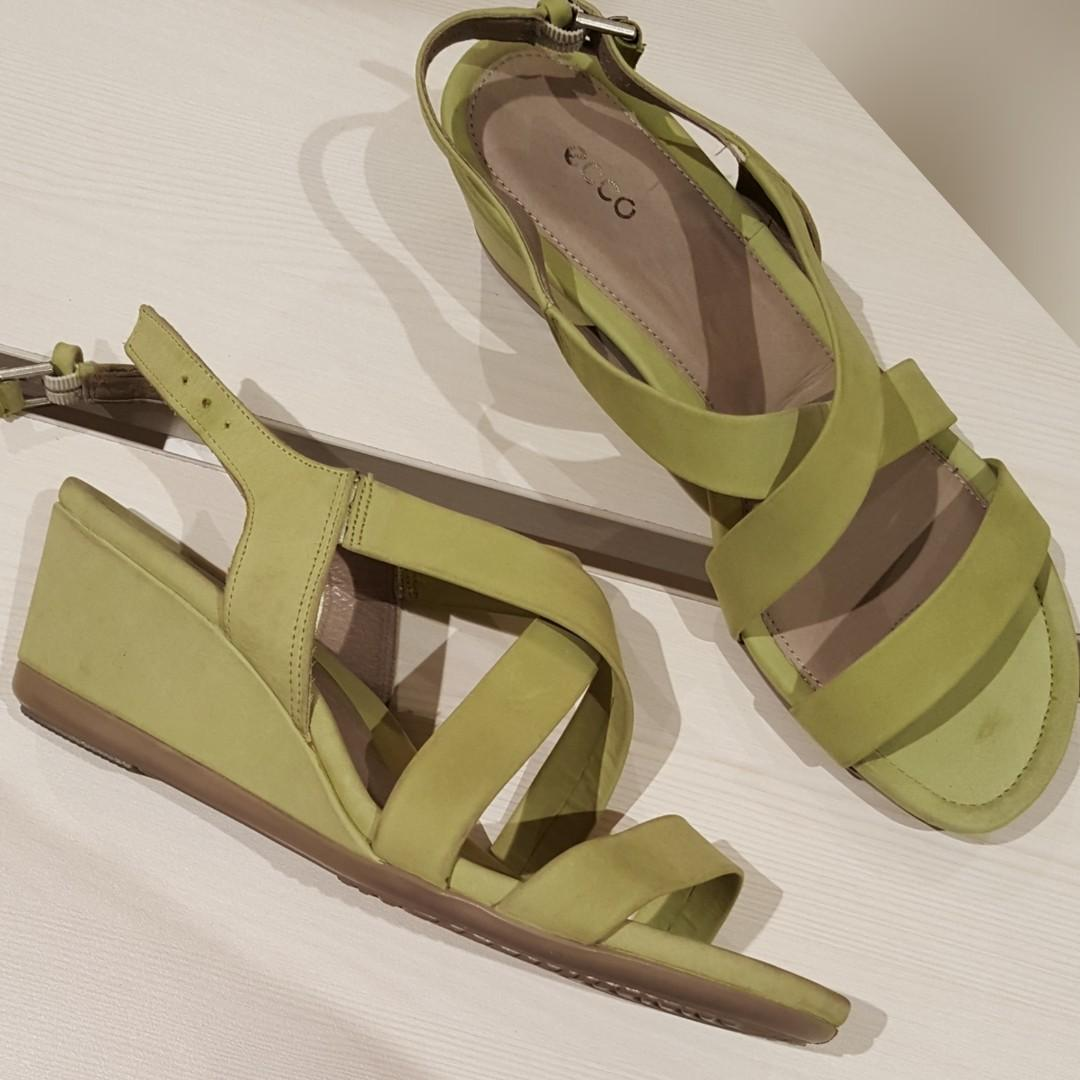 New - Ecco lime touch