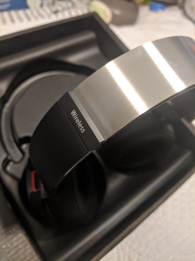 New Sony MDRXB950B1 Bluetooth ExtraBass Headphones