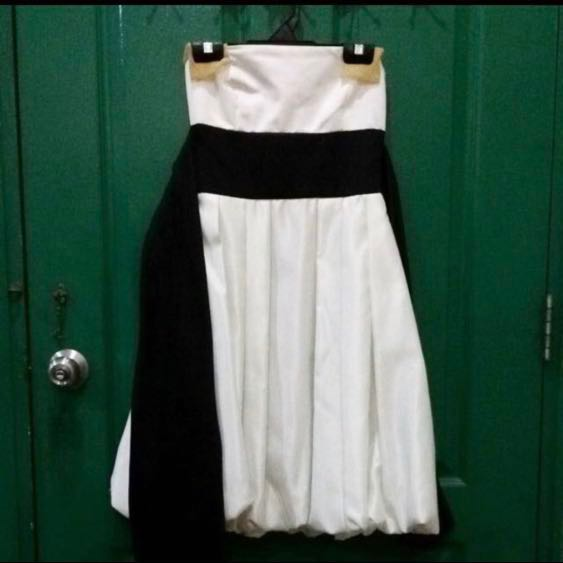 dca3ce8b60612 Rtp $169 Daniel Yam pearl white prom dress with black sash, Women's  Fashion, Clothes, Dresses & Skirts on Carousell