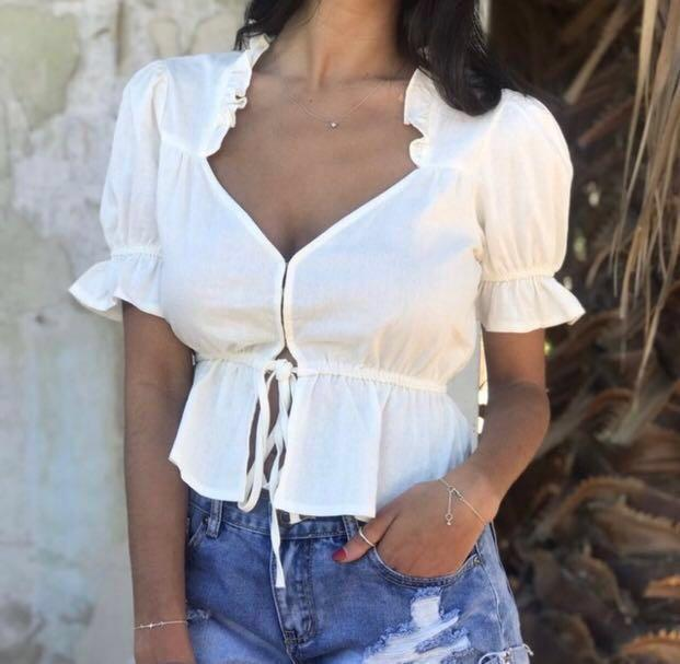 Women's boutique clothes sizes 6-14