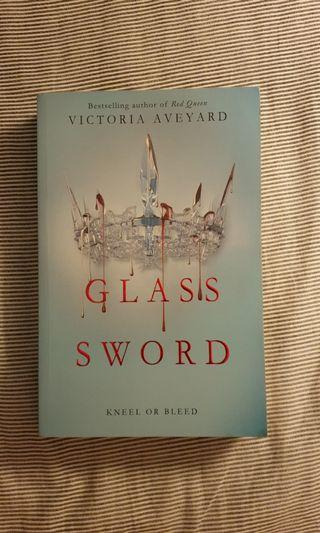 🚚 Glass Sword by Victoria Aveyard