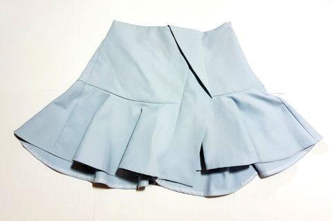 🚚 Sky blue ruffles skirt