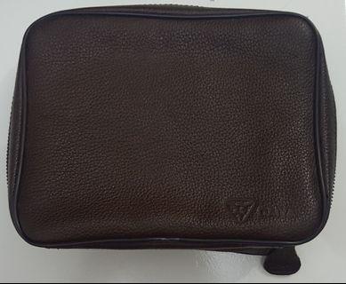 Daiva Leather Voch II - Organizer Pouch