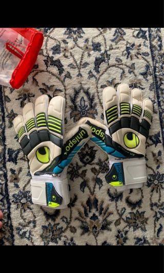 🚚 UHLS Goalkeeper Gloves