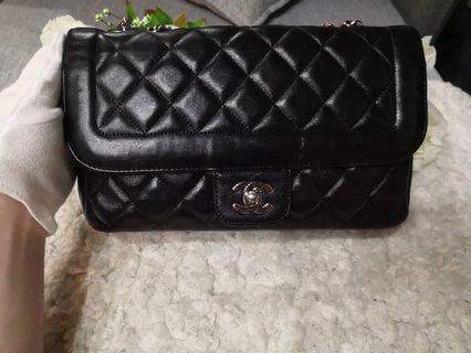 Cheapest $2500! Full Set LN Chanel Medium Flap