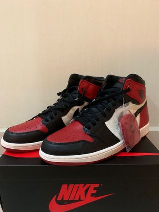 c099b97e531180 2x Air Jordan 1 Bred toe and court purple
