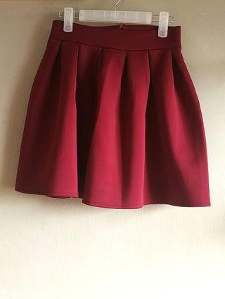 (FREE DELIVERY) Maroon pleated skirt