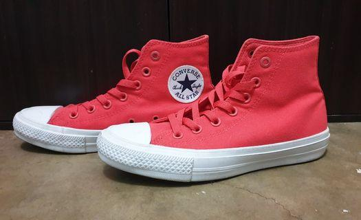 Converse Chuck Taylor (almost brand new. 50% off)