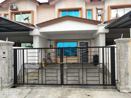 Rumah untuk disewakan taman scientex