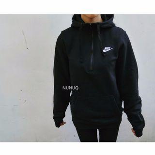 Nike Swoosh 拉鍊帽Tee 黑色 Half-Zip Hoodie 刺繡小Logo 高領 刷毛 小字勾 素面