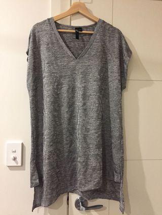 Taking Shape Grey Long Top ( BRAND NEW )