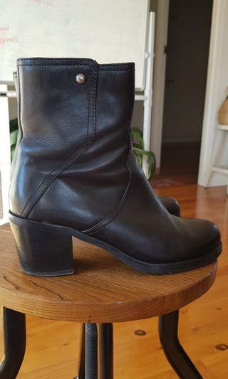 Boots 5 cm