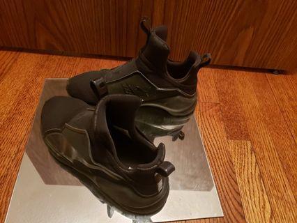 Fenty sneakers women's size 6