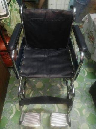 Heavyduty wheelchair