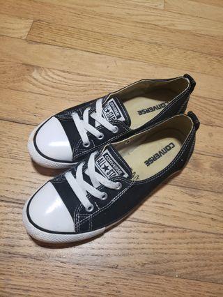 Converse Chuck Taylor Canvas Ballet Lace  Sneaker