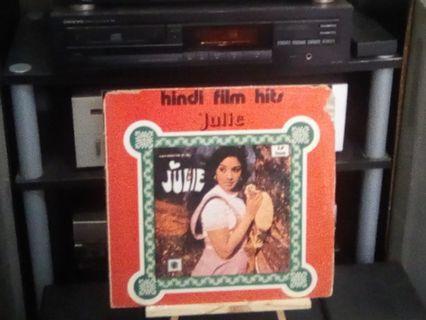 Rekod piring hitam julie