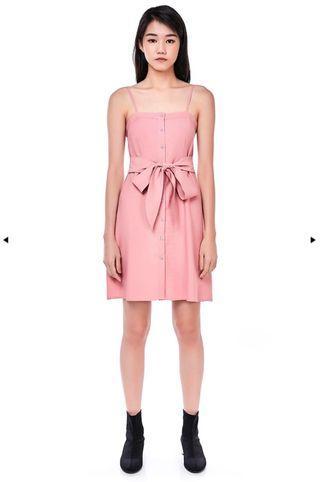 🚚 The Editor's Market Karine Button-down dress