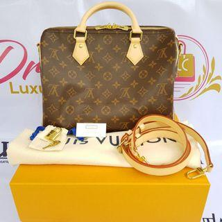 Authentic Louis Vuitton speedy 30 Monogramme Bandouliere