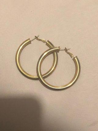 Cali Tiger 18k gold plated hoops