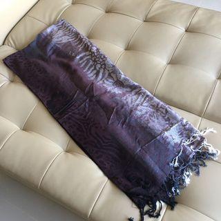 🚚 $4 mailed scarf / shawl