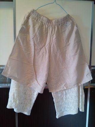 米色通花七分闊腳褲