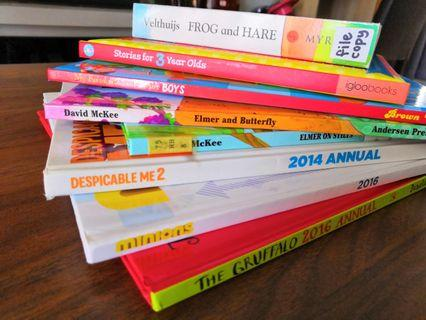 CLEARANCE ‼️8 Hardcover story books