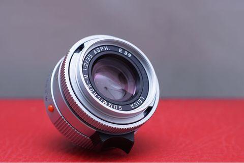 Mint Leica Summicron 35 mm 2.0 asph silver brass