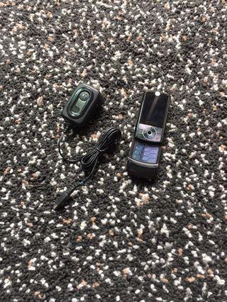 推機 Motorola 摩托羅拉 手機 + 充電器