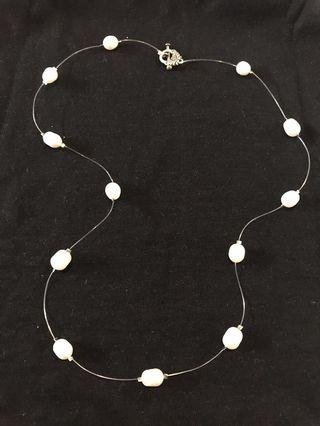 SALE!! Simple Pearl Necklace