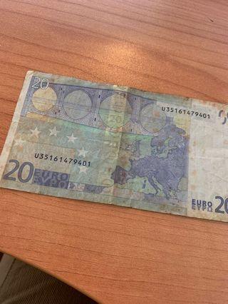Duit Lama Euro