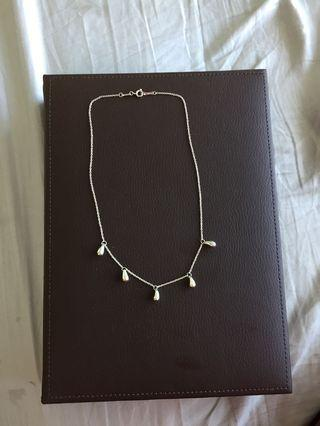 Matching 925 silver necklace and bracelet set