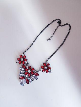 Red and white crystal necklace