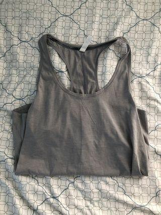 Under armour workout singlet