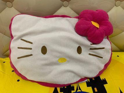 Bantal Hello Kitty Kepala warna Pink Fanta