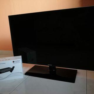 SAMSUNG LED TV with set top box!! Rarely used.