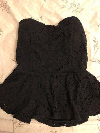Black Lace Strapless Peplum Top (Size M)