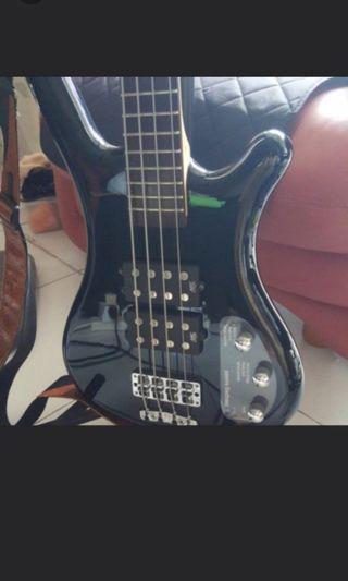 🚚 Warwick double $$ humbucker bass guitar