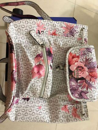 Guess small backpackwith floral print