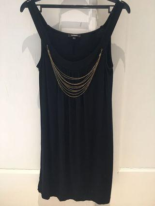 Express bblack dress/top with gold chain