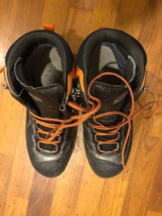 Grandking gore-tex登山鞋