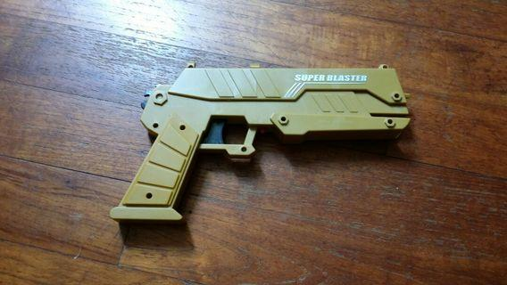 toy gun shoots rubber band automatically with tactical pull down handle