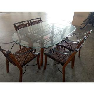 Glass Top Dinning set ($200 Self Collect, 11 woodlands close