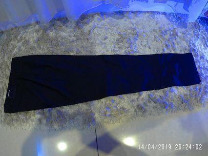 Slack hitam H&M