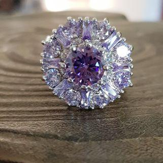 BN Gorgeous Purple Solitaire Ladies Ring With Floral Details #ENDGAMEyourEXCESS