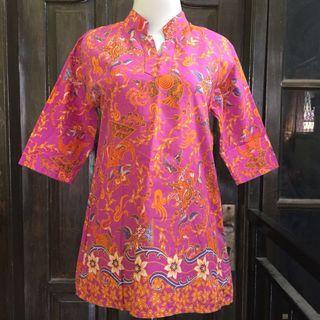 Batik blouse pink