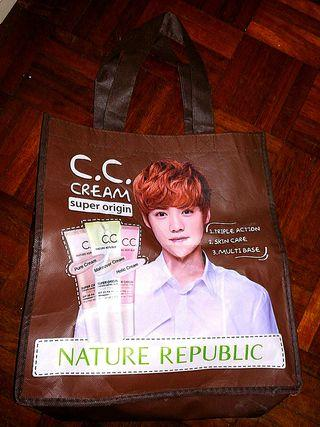 EXO - LUHAN : NATURE REPUBLIC (Non - Woven Bag)