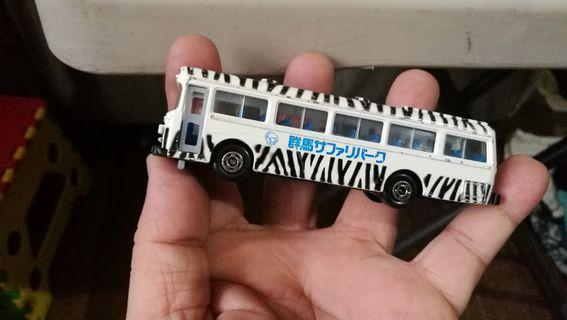 Bus diecast black and white made in japan