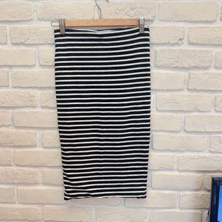 🚚 H&M彈性線條貼身裙 S