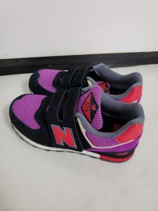 New Balance 小童波鞋19cm